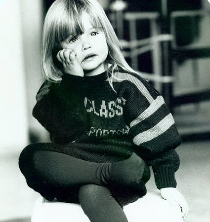 Infância: Bar Refaeli na infância