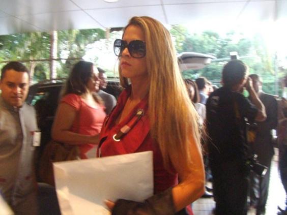 Playboy: Denise Rocha, furacão da CPI, negocia para setembro