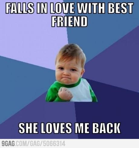 9gag: Yes!!! ela também me ama